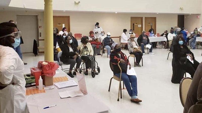 500 vacunados contra el coronavirus en la iglesia de Tampa a medida que el estado amplía la distribución