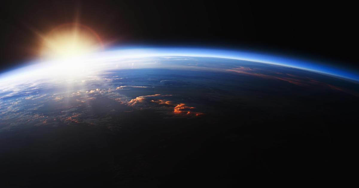 La Tierra está en el perihelio, más cerca del sol que en cualquier otro día del año.